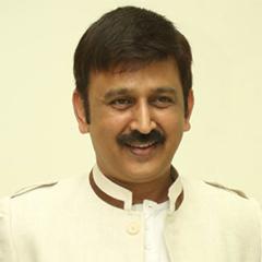 <h3><font color=&quot;#b7220b&quot;>Shri. Ramesh Aravind</font></h3>
