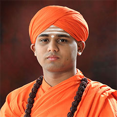 <h3><font color=&quot;#b7220b&quot;>Sri Immadi Siddharameshwara Swamiji</font></h3>